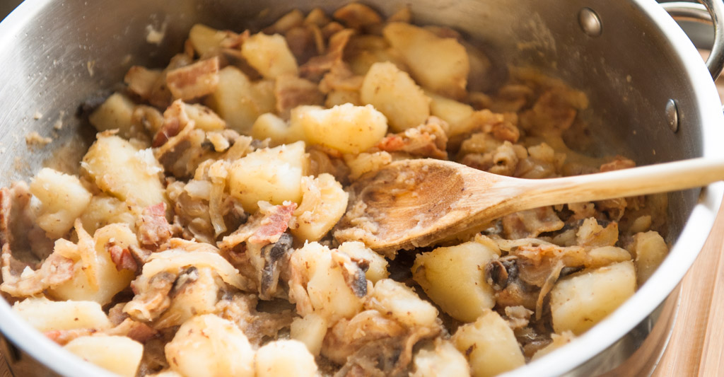 Potatoes With Bacon And Onion Recipe — Dishmaps