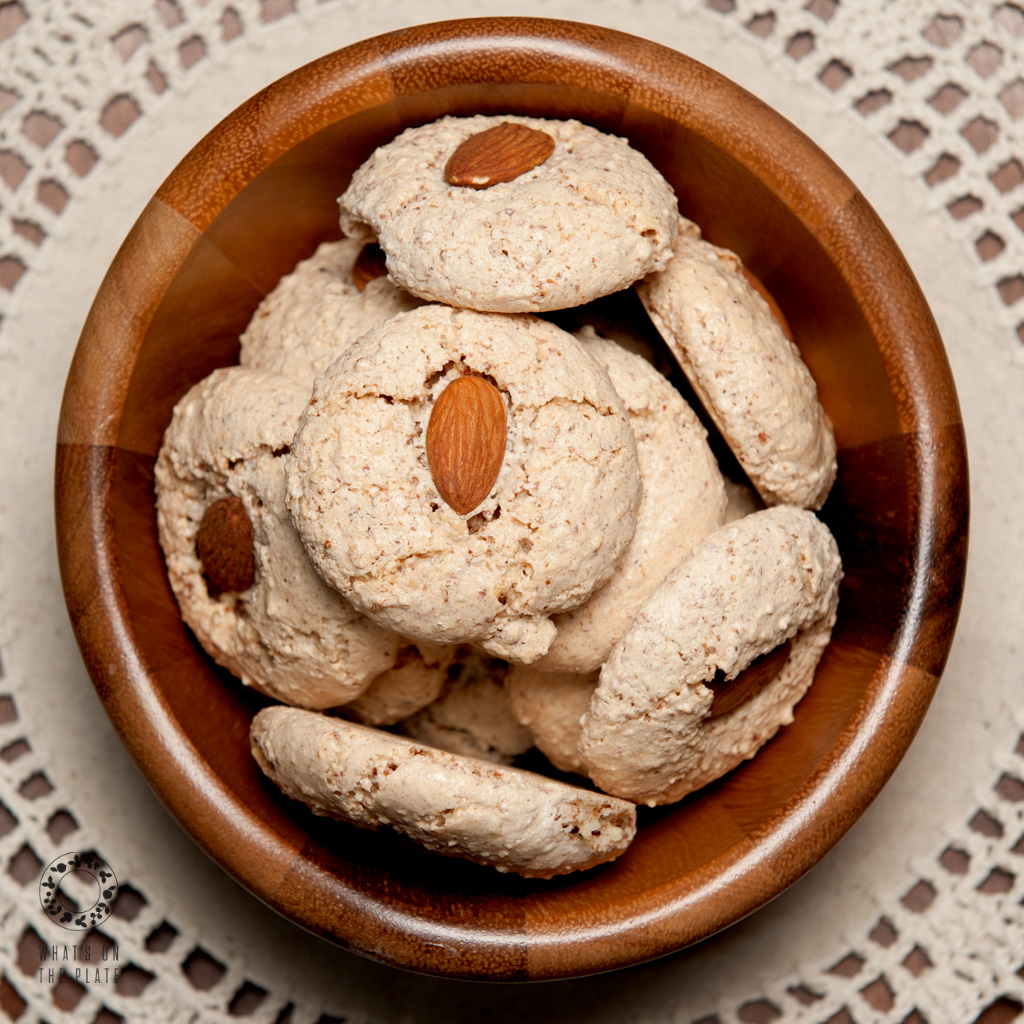Almond grain free cookies l