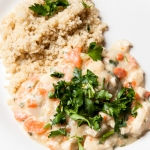 <a href=&quot;http://www.whatsontheplate.com/creamy-chicken-with-quinoa/&quot;>Creamy Chicken with Quinoa</a>