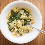 <a href=&quot;http://www.whatsontheplate.com/creamy-spinach-with-pasta/&quot;>Creamy Spinach with Pasta</a>