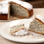 <a href=&quot;http://www.whatsontheplate.com/freckled-cake/&quot;>Freckled cake</a>