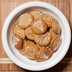 <a href=&quot;http://www.whatsontheplate.com/pumpkin-cookies/&quot;>Pumpkin Cookies</a>